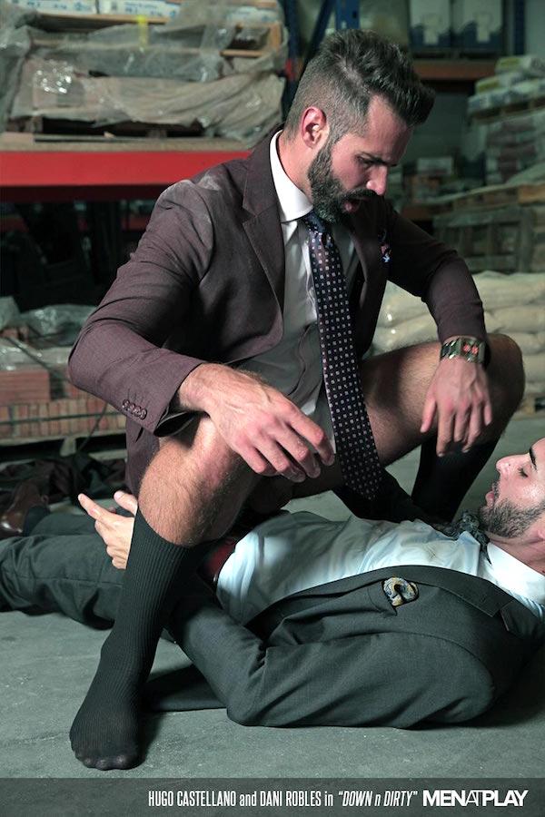 sodomie et longues chaussettes noires