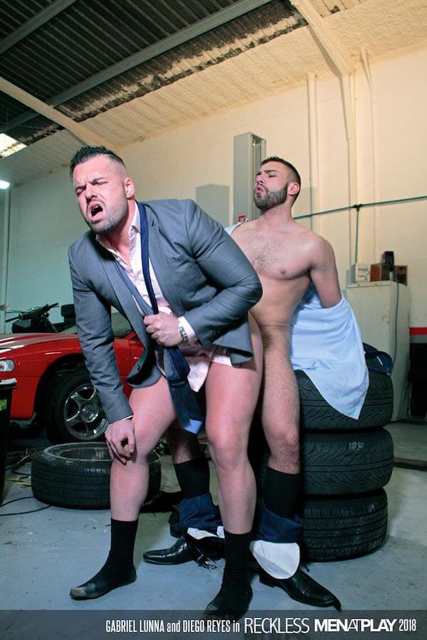 sodomie gay au garage